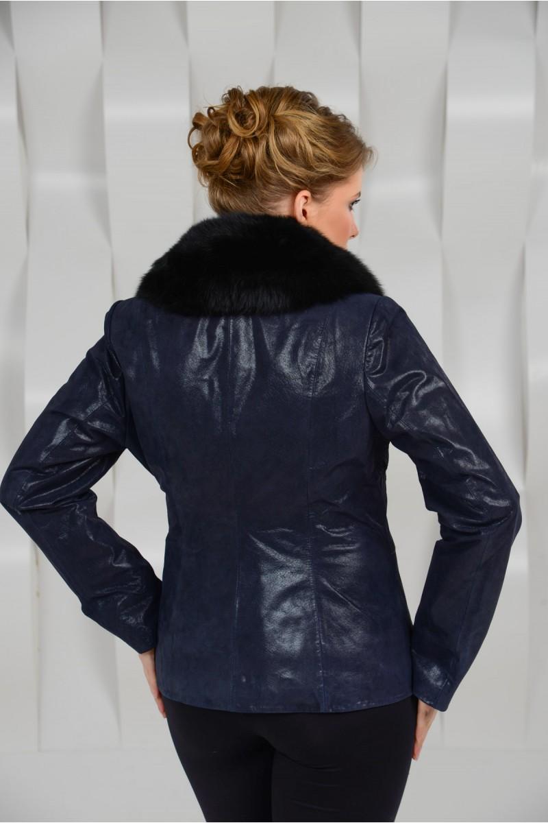 Великолепная куртка из натуральной замши