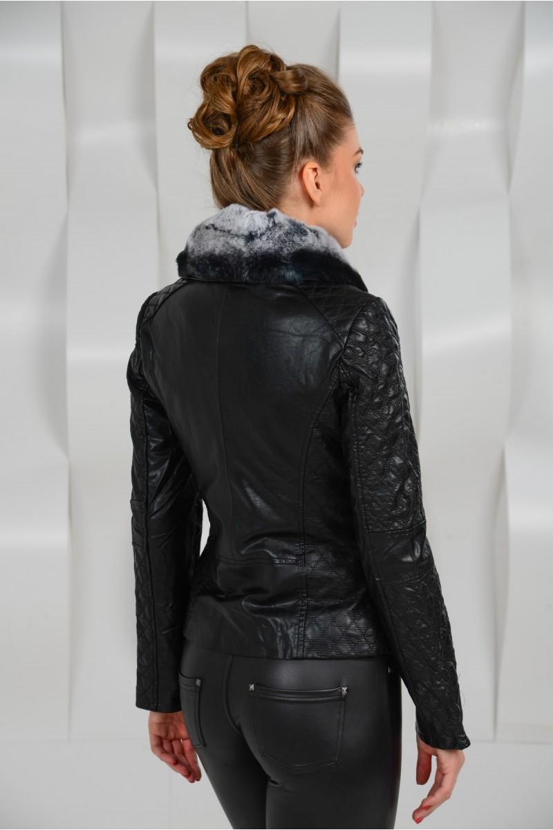 Чёоная куртка из эко-кожи