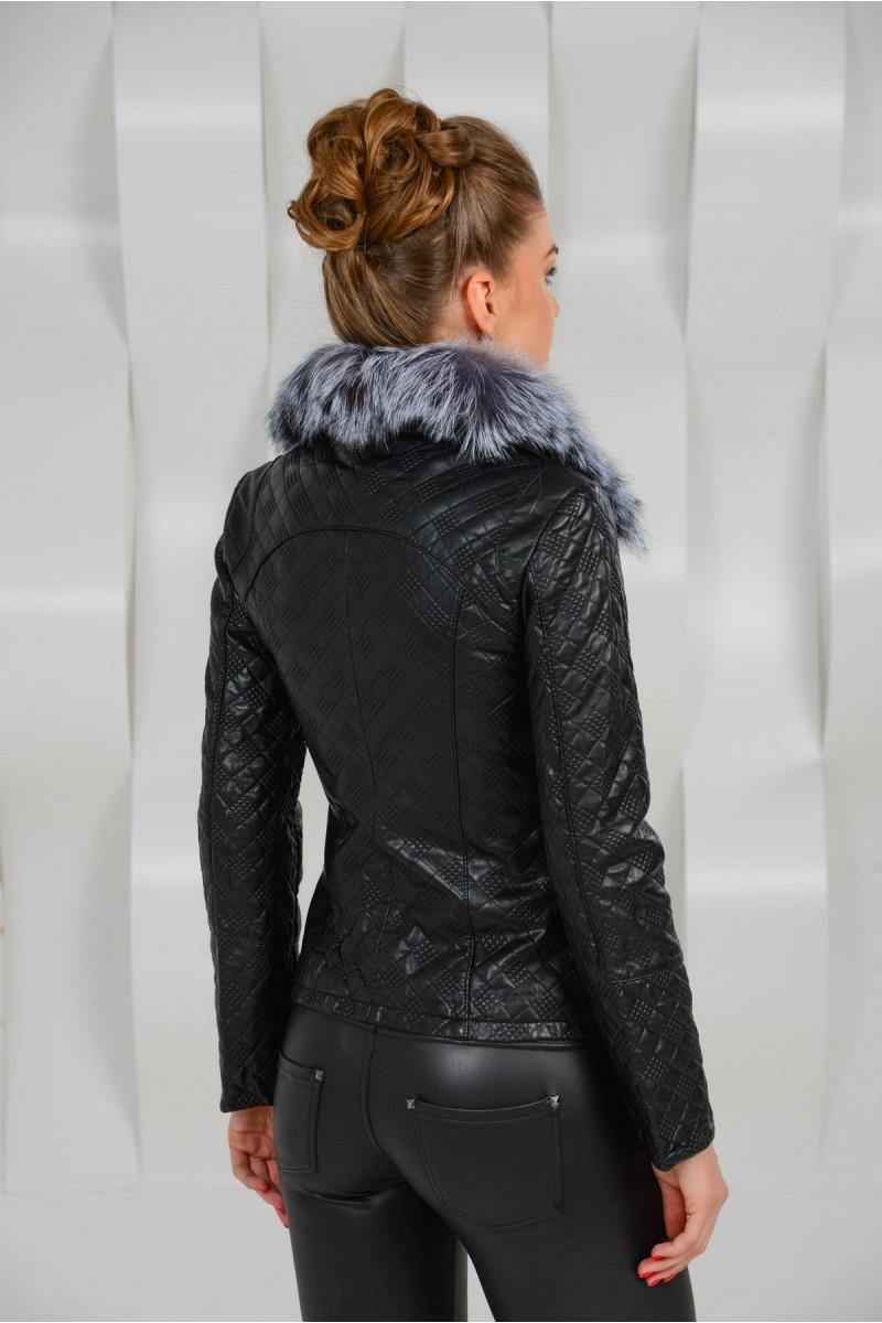 Короткая куртка из эко-кожи