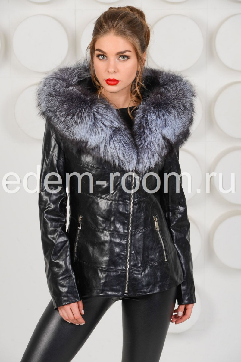 Осенняя куртка с мехом чернобурки