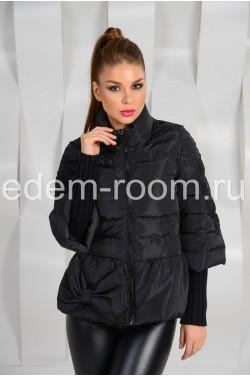 Чёрная куртка с бантом