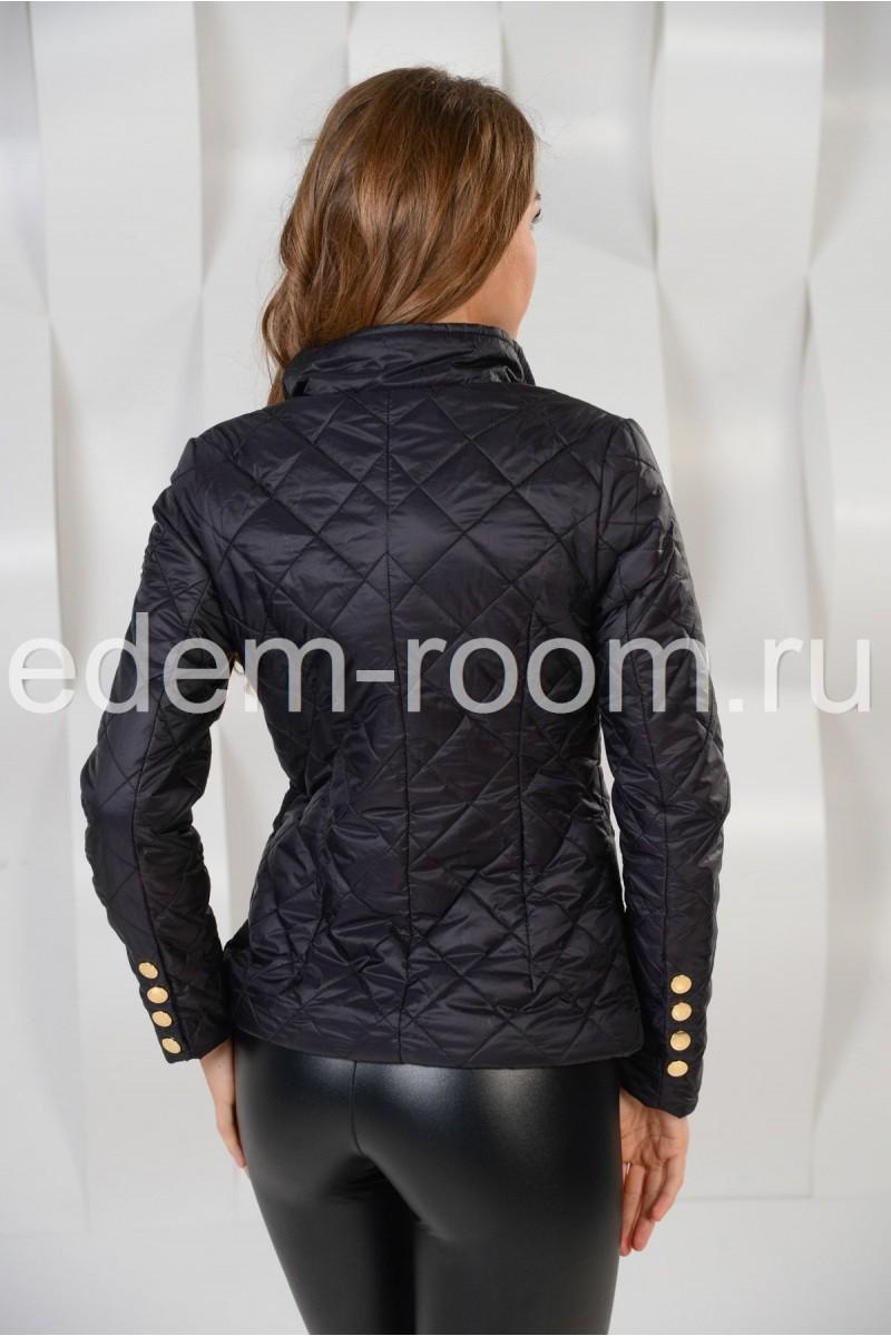 Чёрная куртка на кнопках