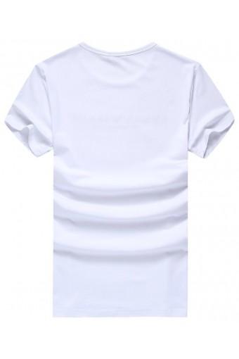Новинка сезона - белая футболка для мужчин