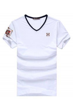 Удобная футболка белого цвета