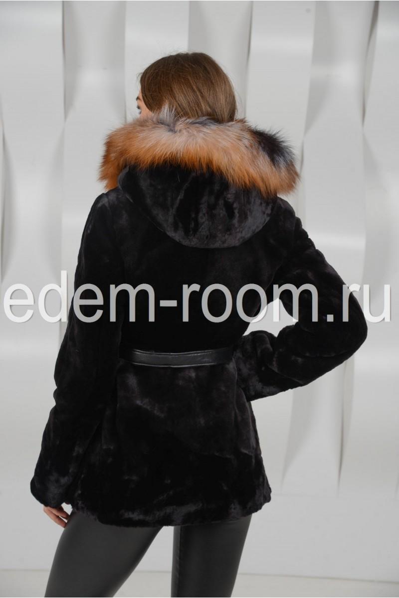 Мутоновая шуба комбинированная мехом лисы