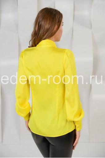 Яркая шёлковая блузка