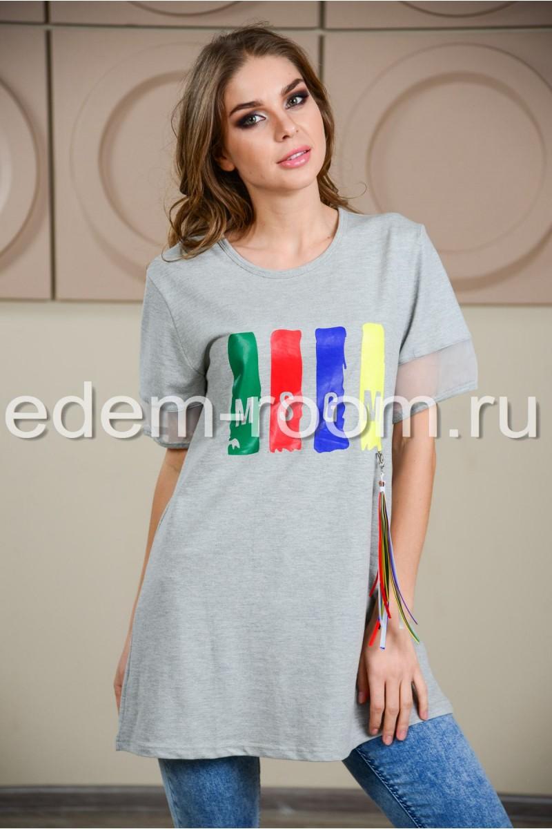 Удлинённая серая футболка