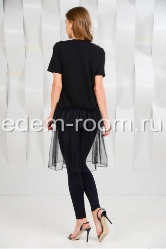 Чёрная футболка с гипюром