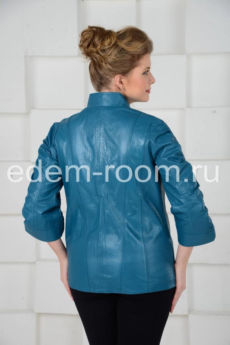 Весенняя куртка из кожи