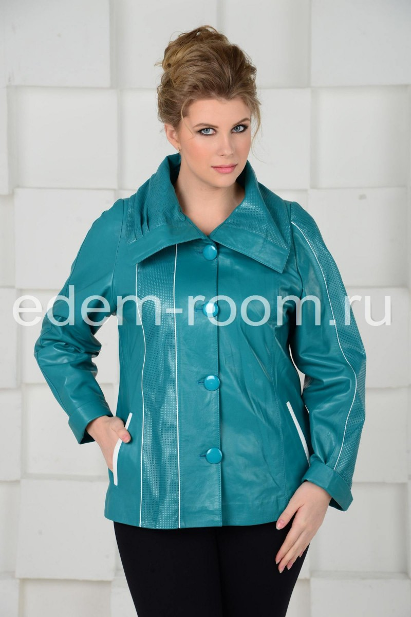 Весенняя куртка для больших размеров.