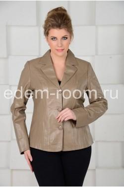 Бежевый кожаный пиджак
