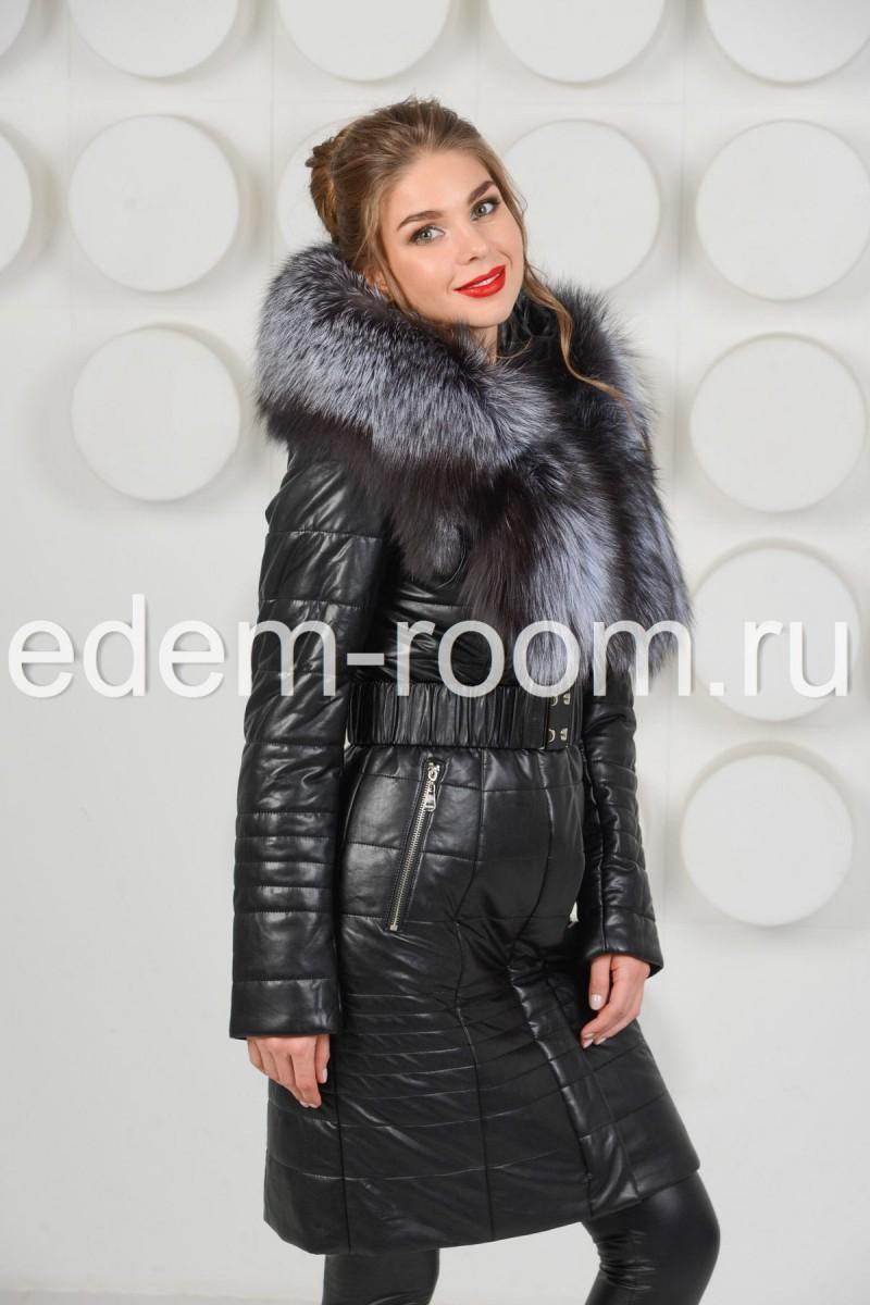 Комфортное пальто из экокожи