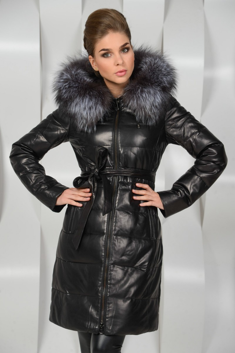Кожаное пуховое пальто с мехом