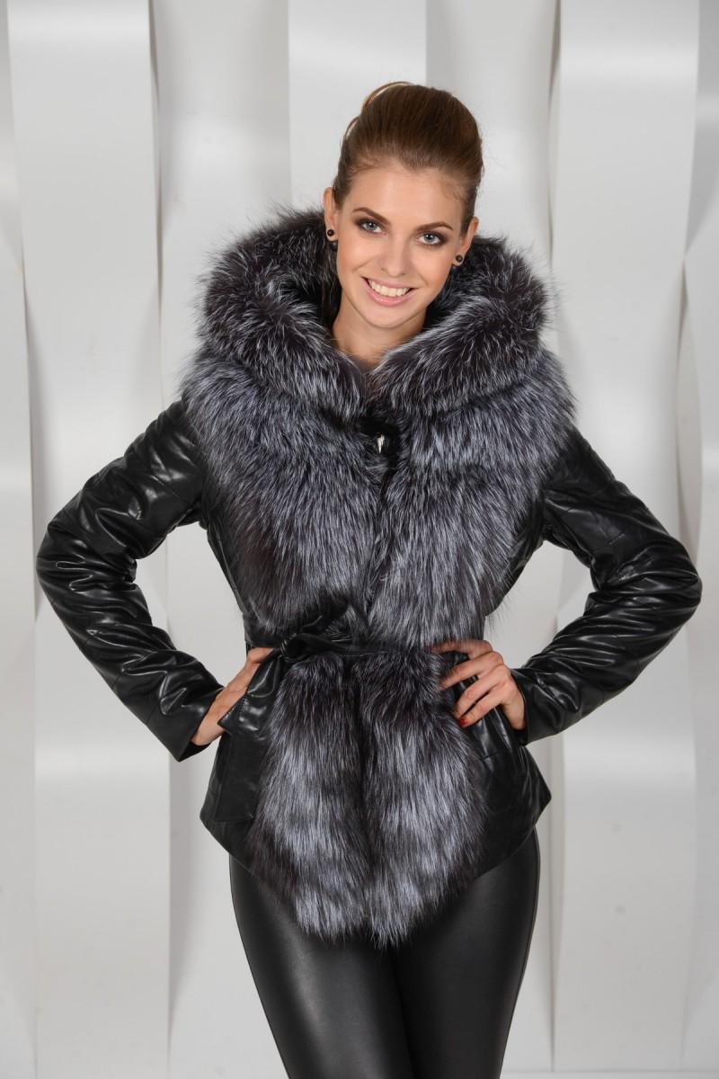 Куртка из экокожи с натурально чернобуркой