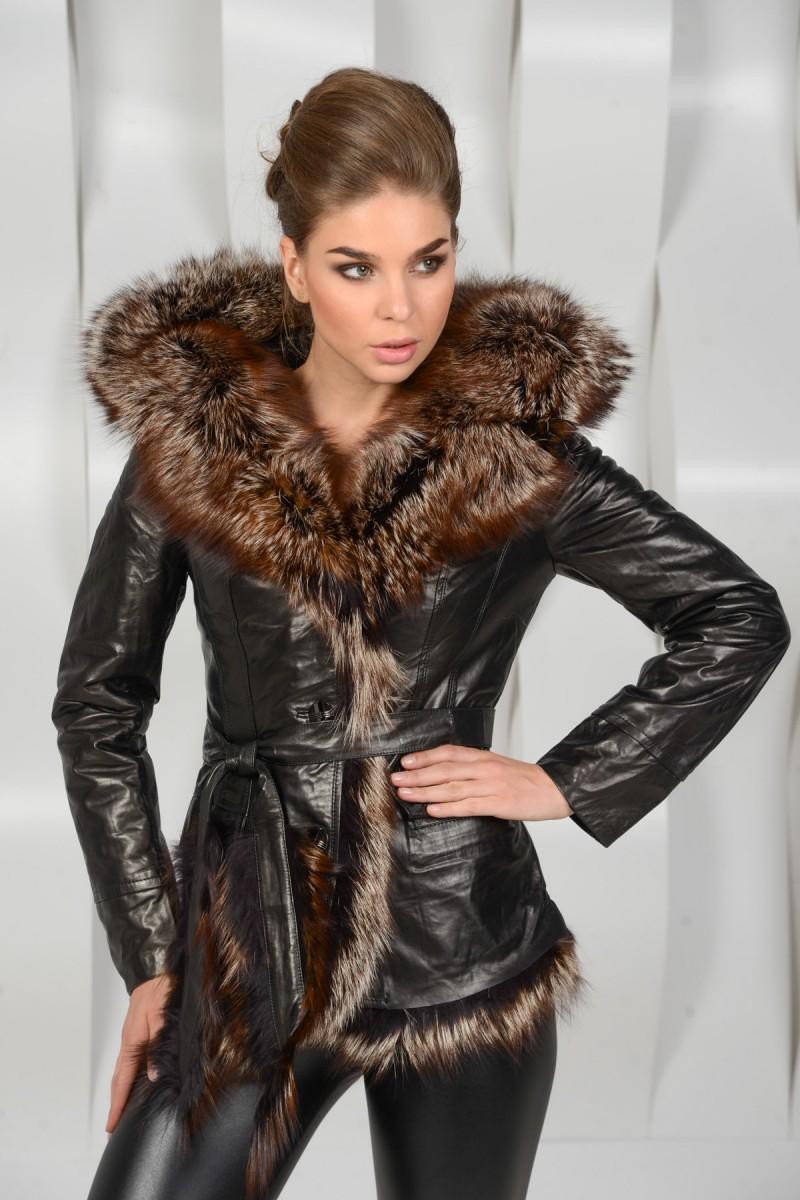 Женская куртка кожаная с мехом