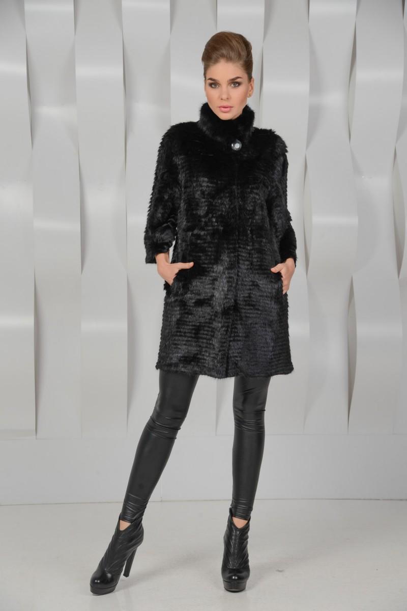 Чёрное меховое пальто из норки