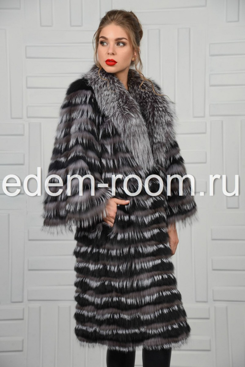 Меховое пальто из чернобурки