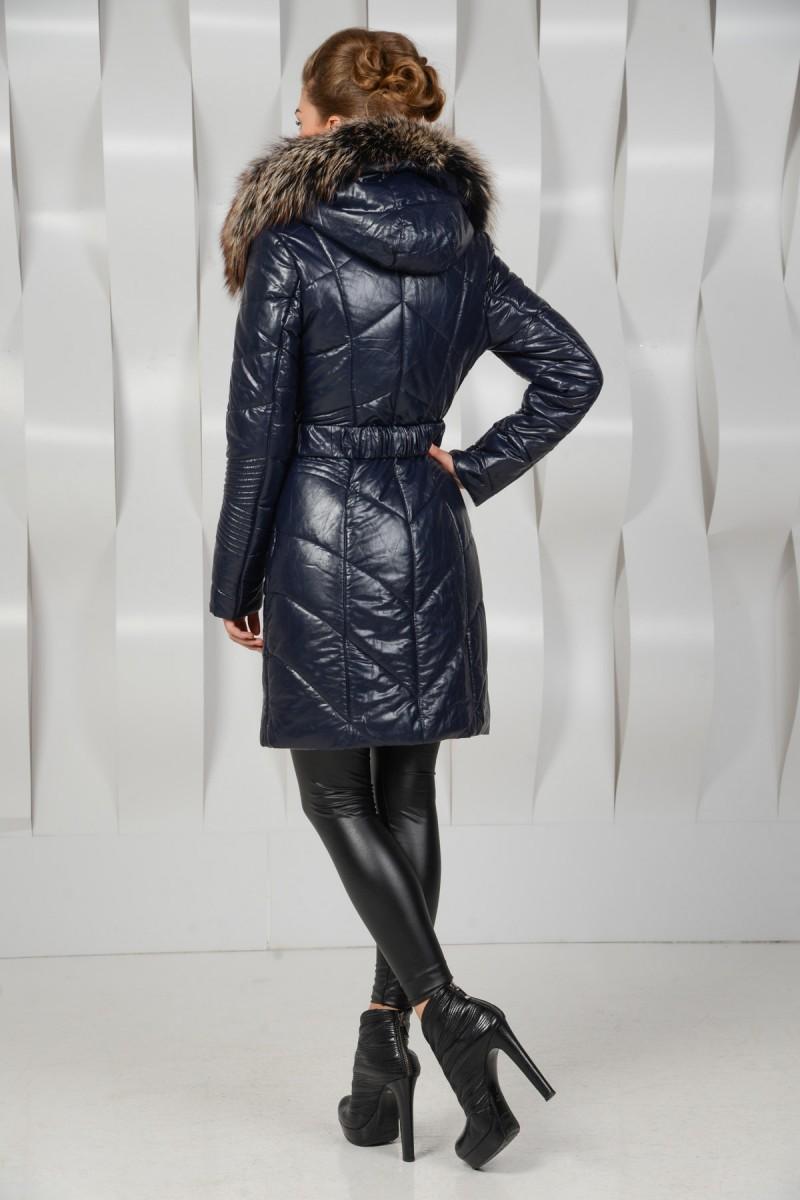 Синее пальто из экокожи