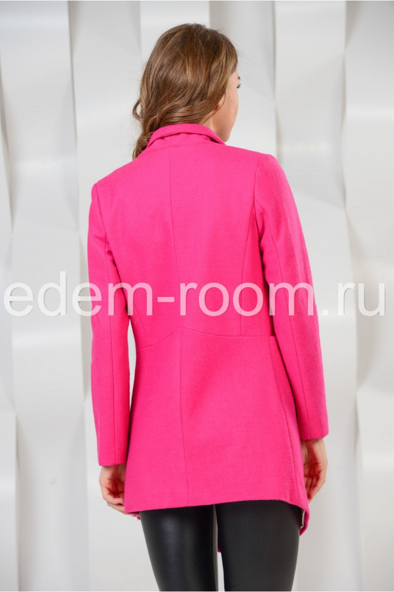 Яркое пальто для весны