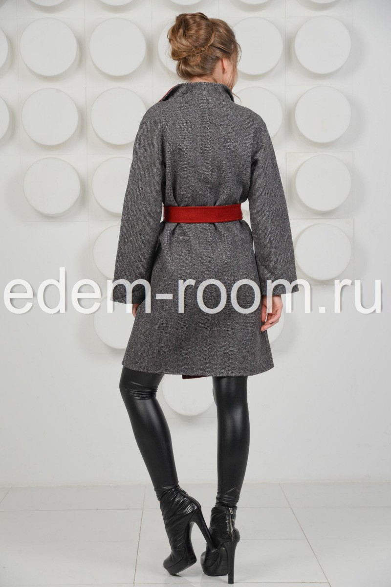 Пальто из кашемира под пояс