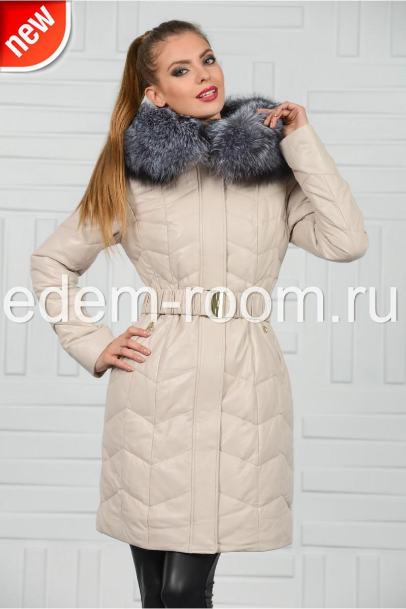 Белый кожаный пуховик с мехом чернобурки