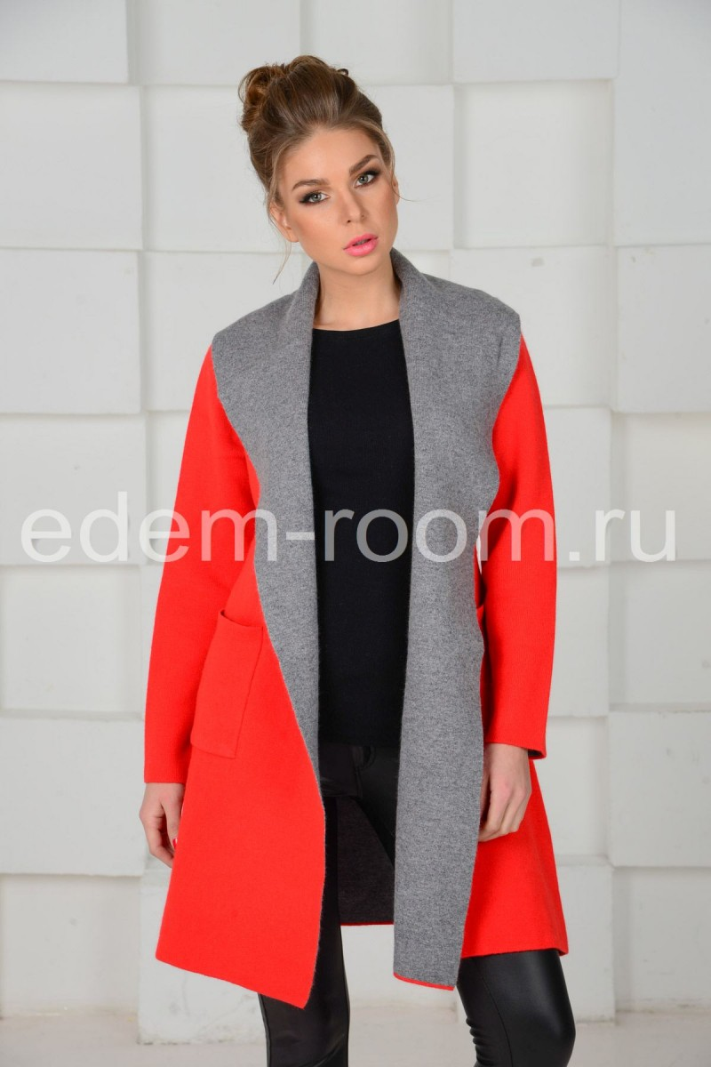 Яркое весеннее пальто