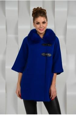 Красивое синее пальто