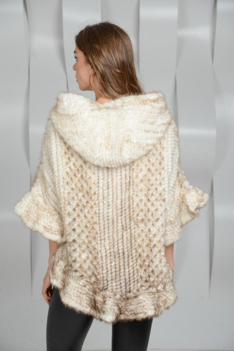 Норковое вязаное пончо с капюшоном