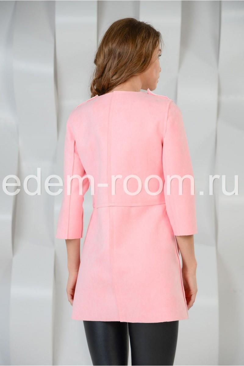 Розовый жакет на кнопках