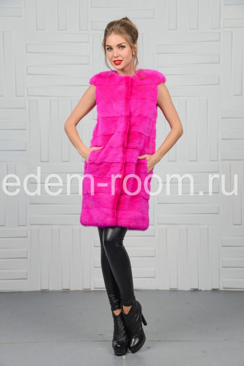 Розовая норковая жилетка