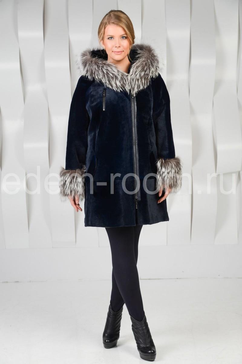 Женское пальто из кенгуру