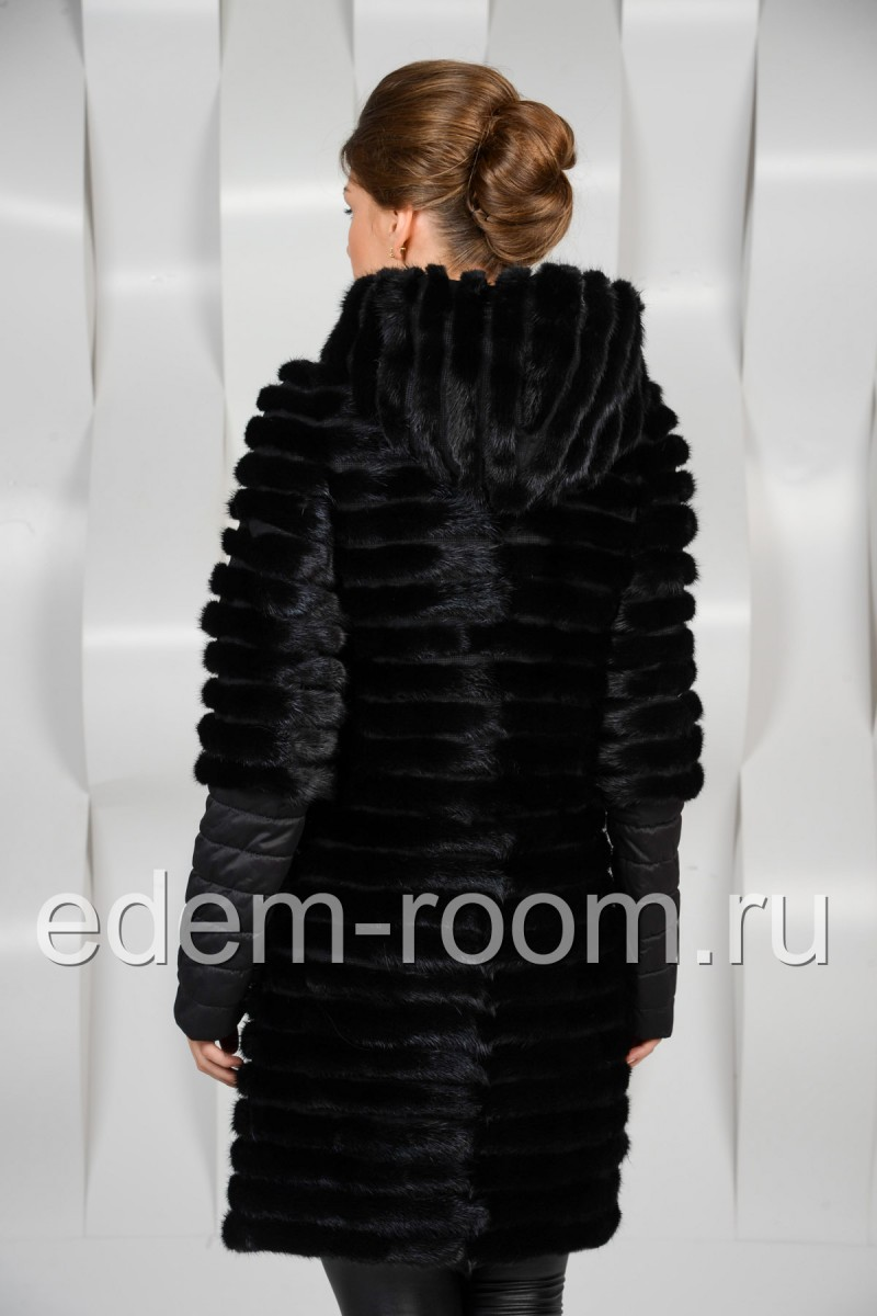 Чёрное норковое пальто