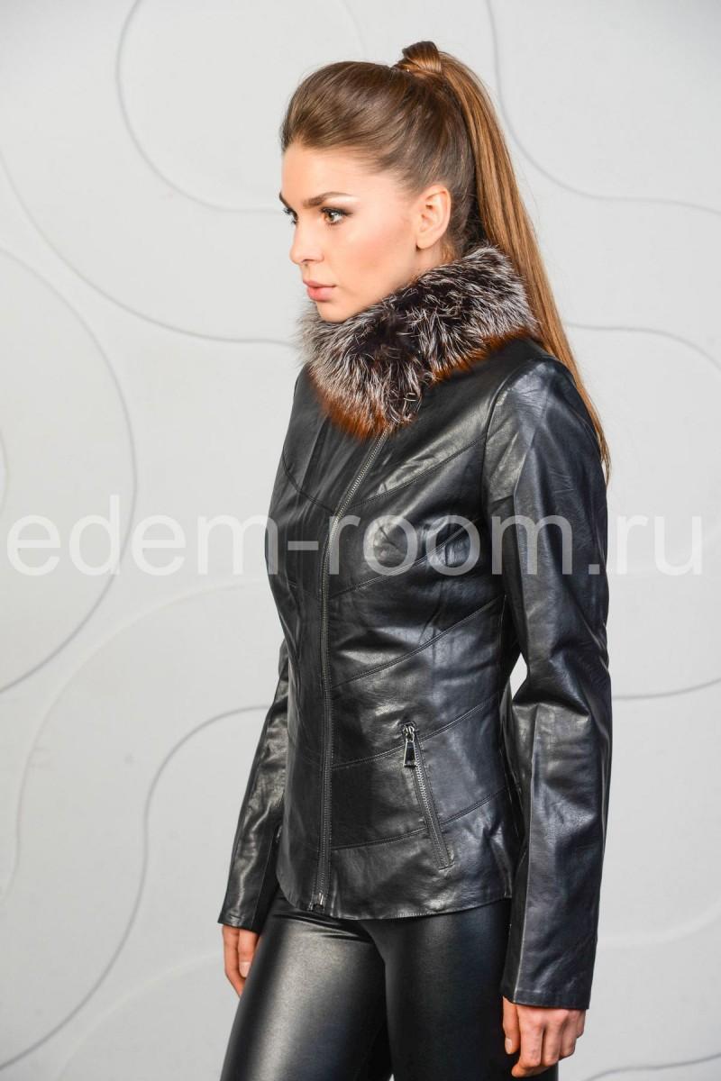 Укороченная куртка из эко-кожи