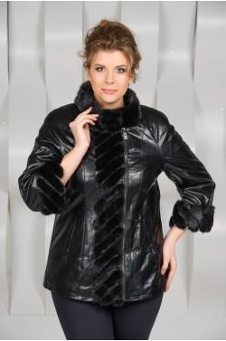 Куртка из эко-кожи  украшенная мехом норки