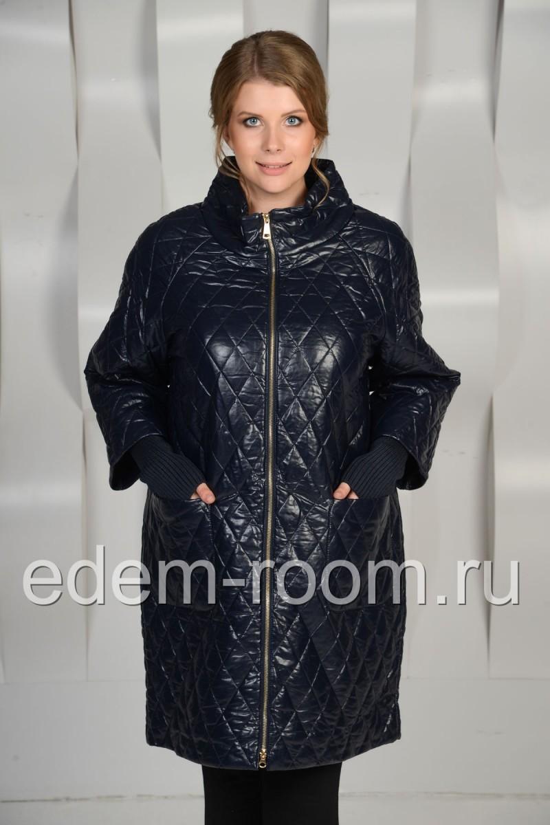 Красивое пальто из эко-кожи