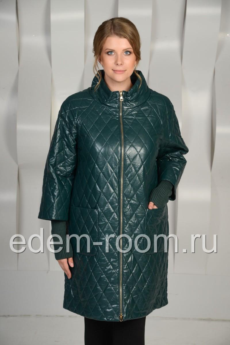 Удобное пальто из экокожи