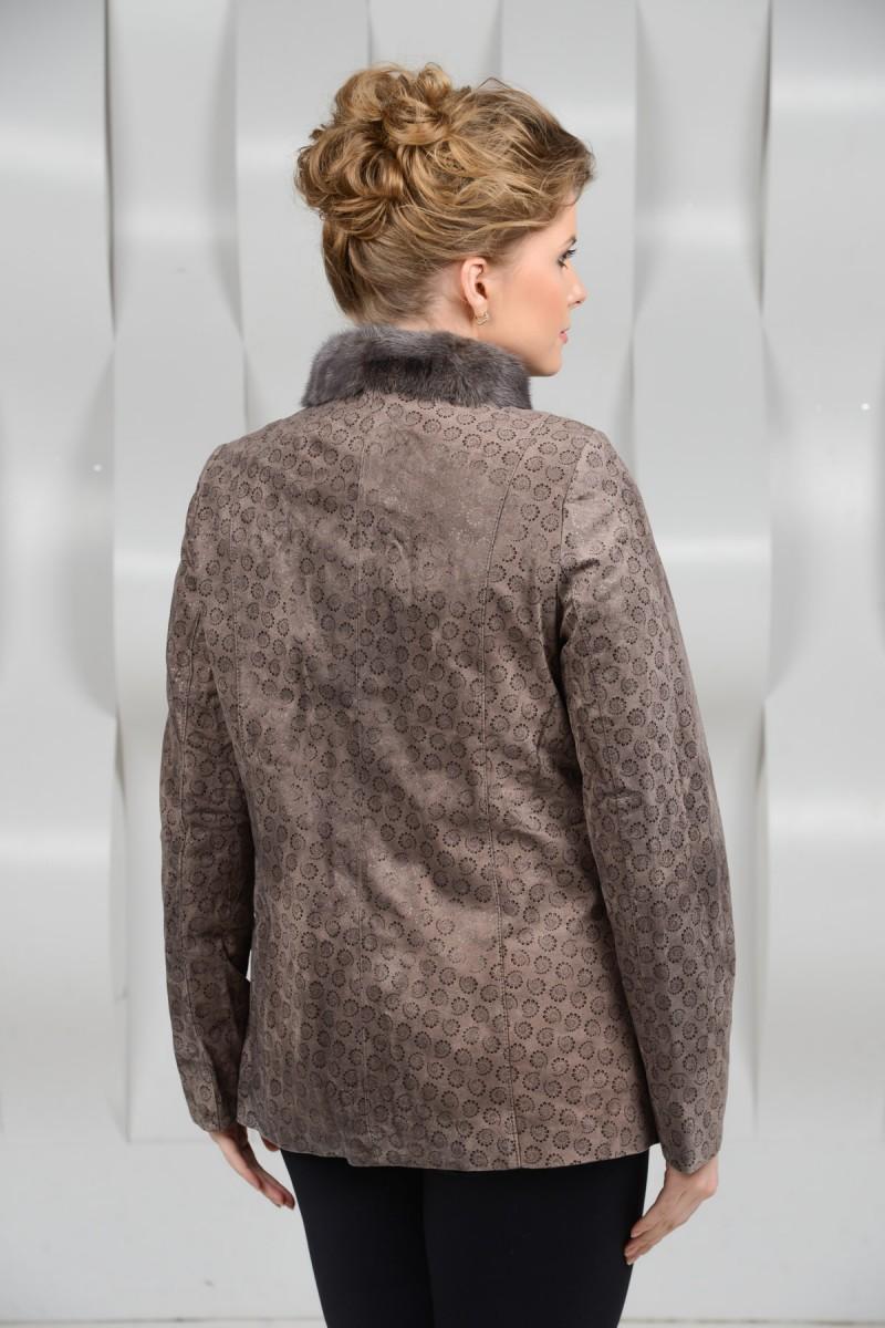 Замшевая кожаная куртка большого размера