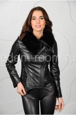 Чёрная куртка на межсезонье
