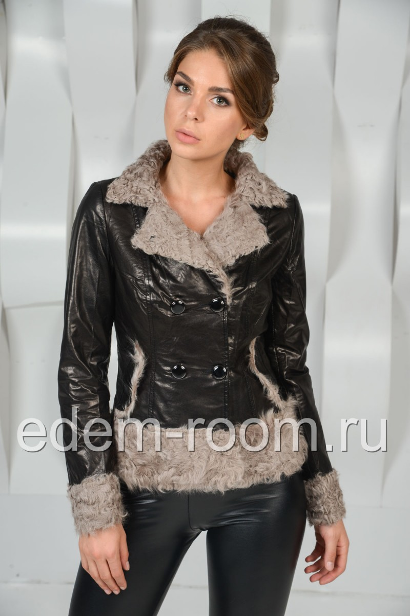 Кожаная куртка отороченная мехом барашка