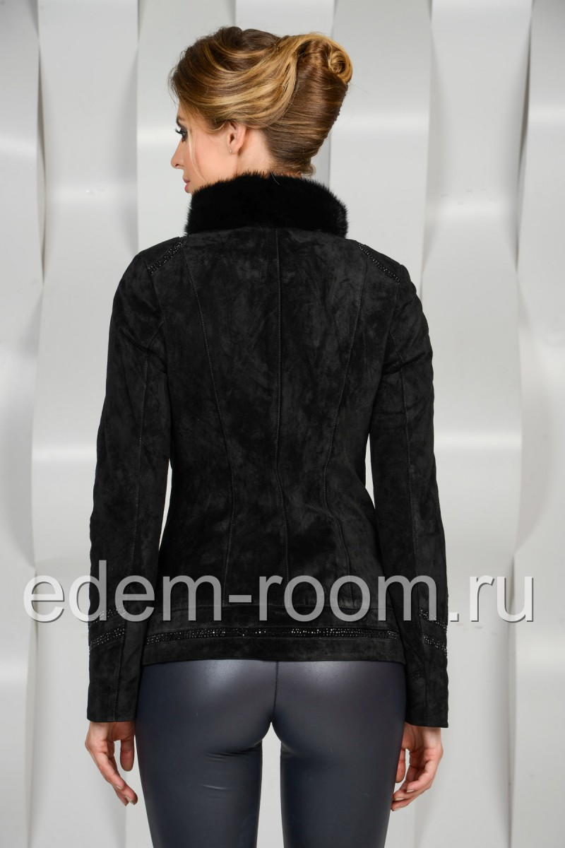 Осенняя куртка из замши