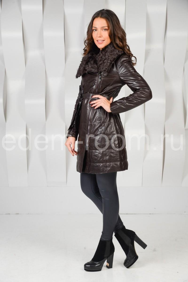 Женский кожаный плащ с мехом