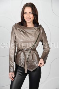 Куртка с капюшоном из эко-кожи