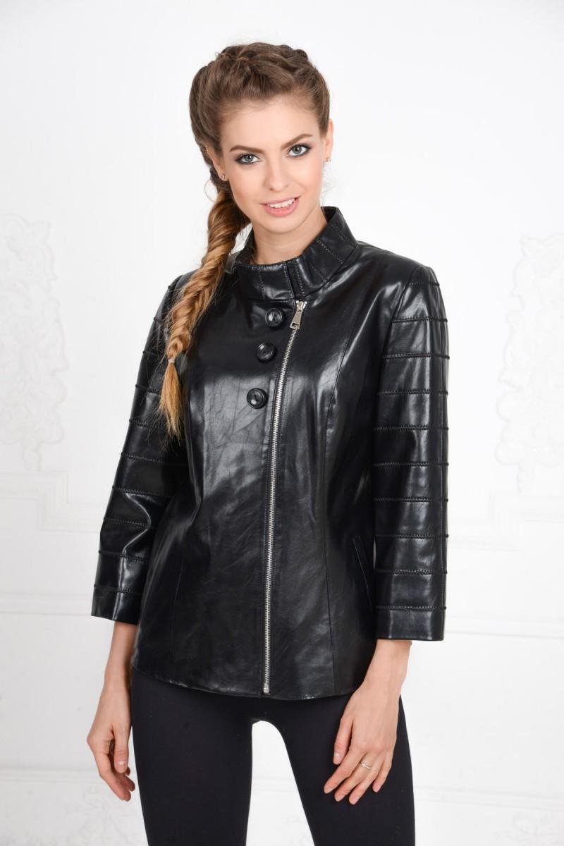Женская куртка из эко-кожи