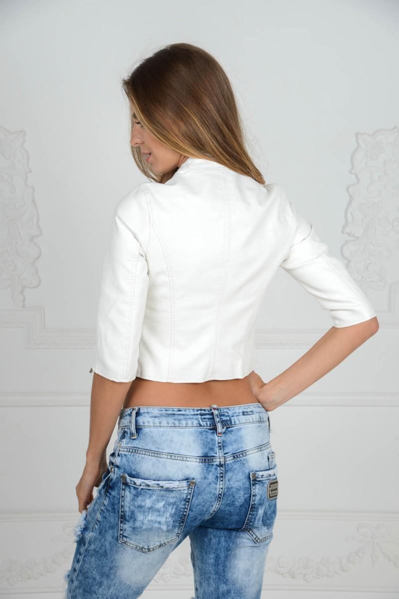 Белая летняя куртка из эко-кожи