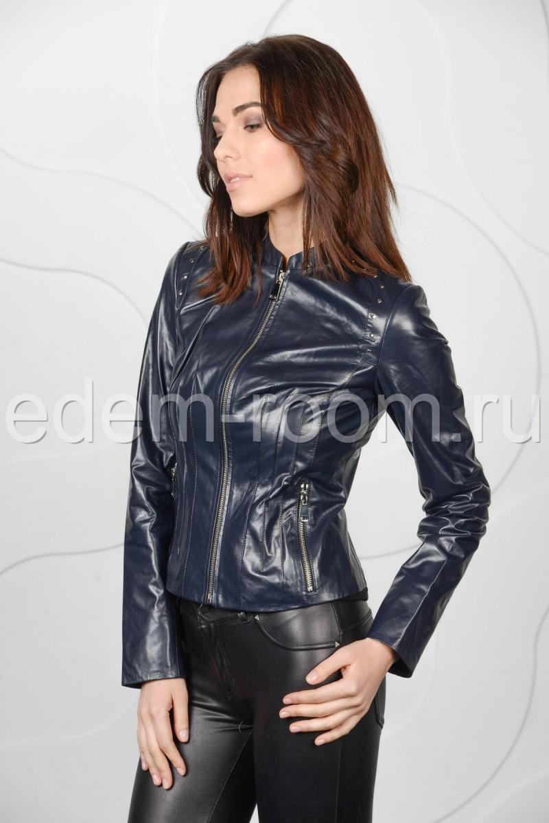 Женская синяя кожаная куртка короткая