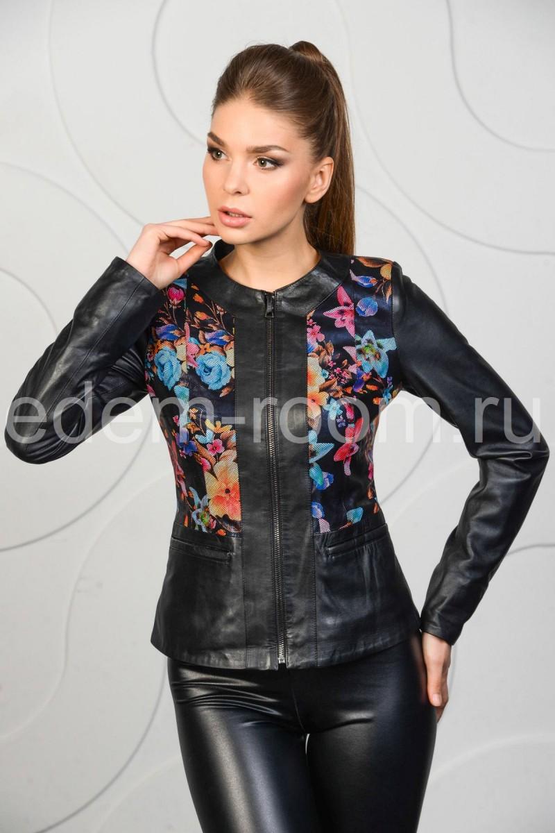 Красивая женская куртка из кожи