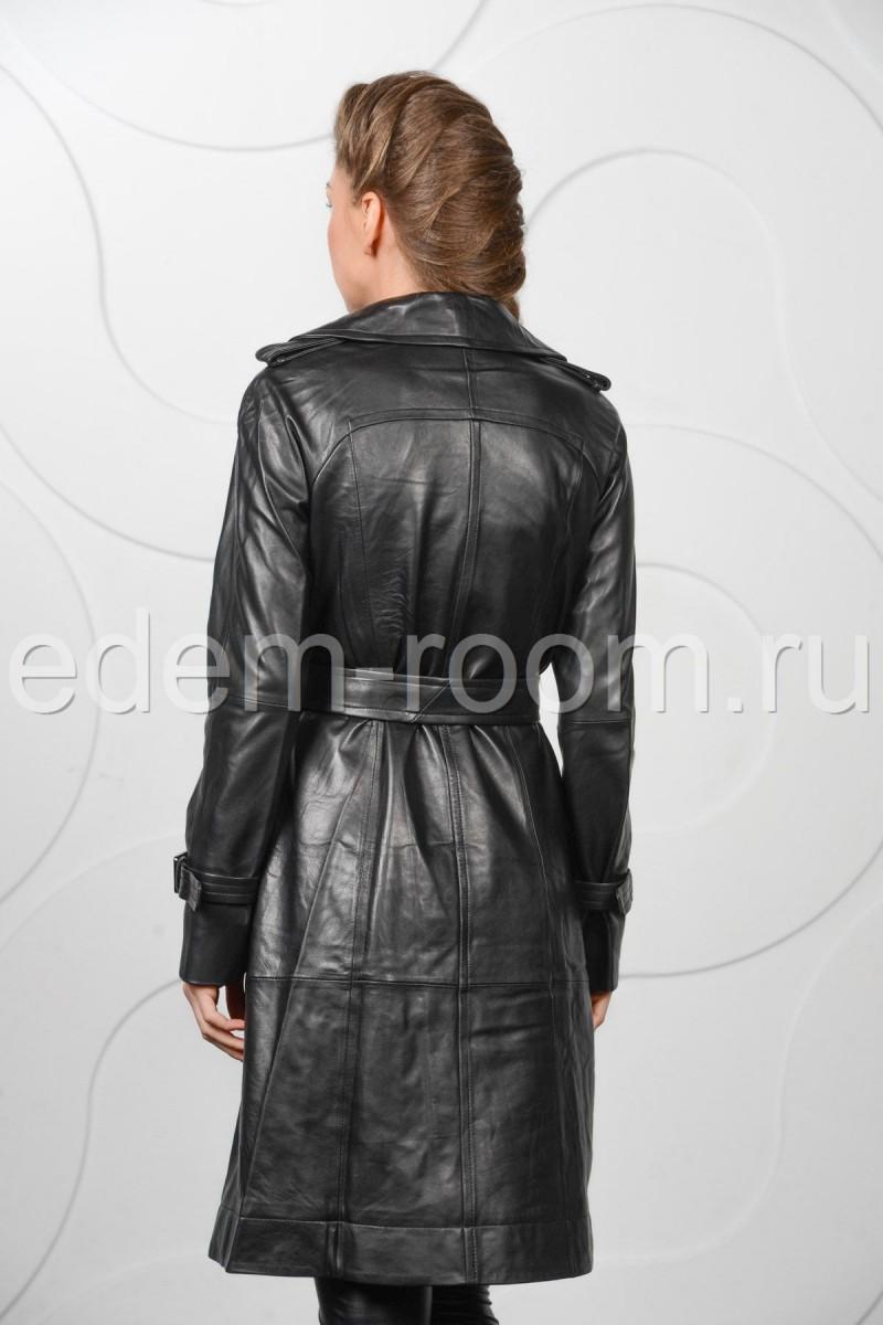 Модный кожаный плащ