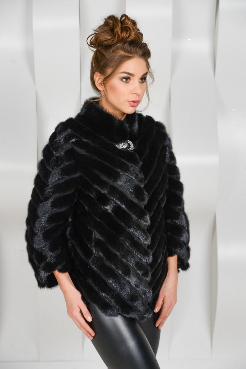 Красивая куртка из кусочков норки