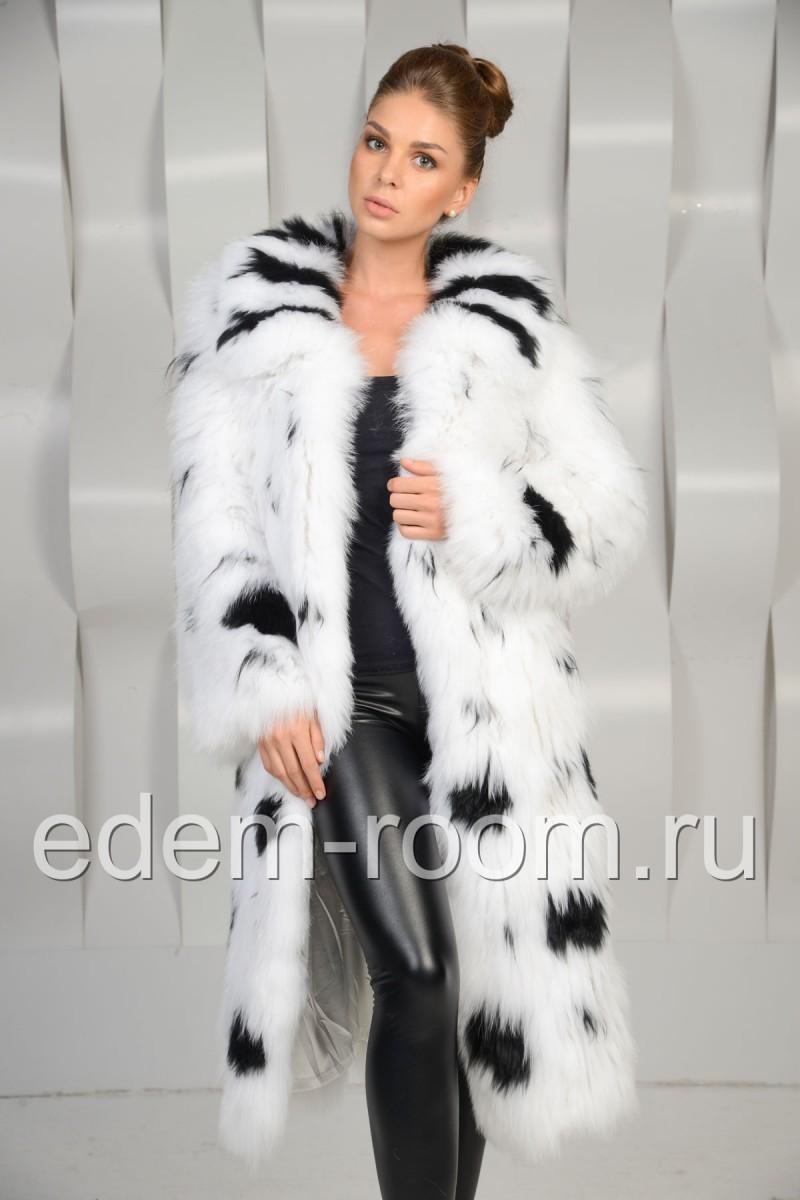 Меховое пальто из белой лисы