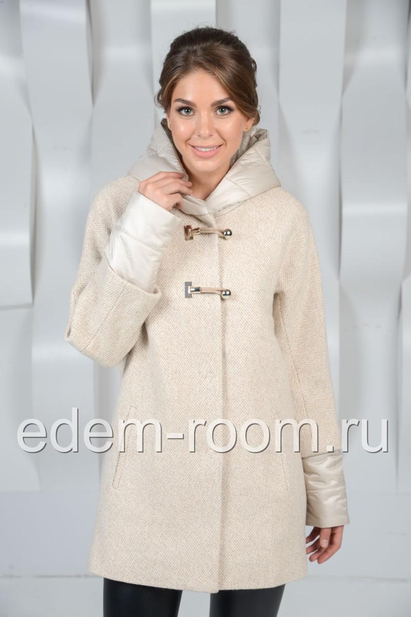 Уютное женское пальто из шерсти